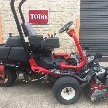 02485514 Used Greens Mowers Toro Greensmaster TriFlex 3300